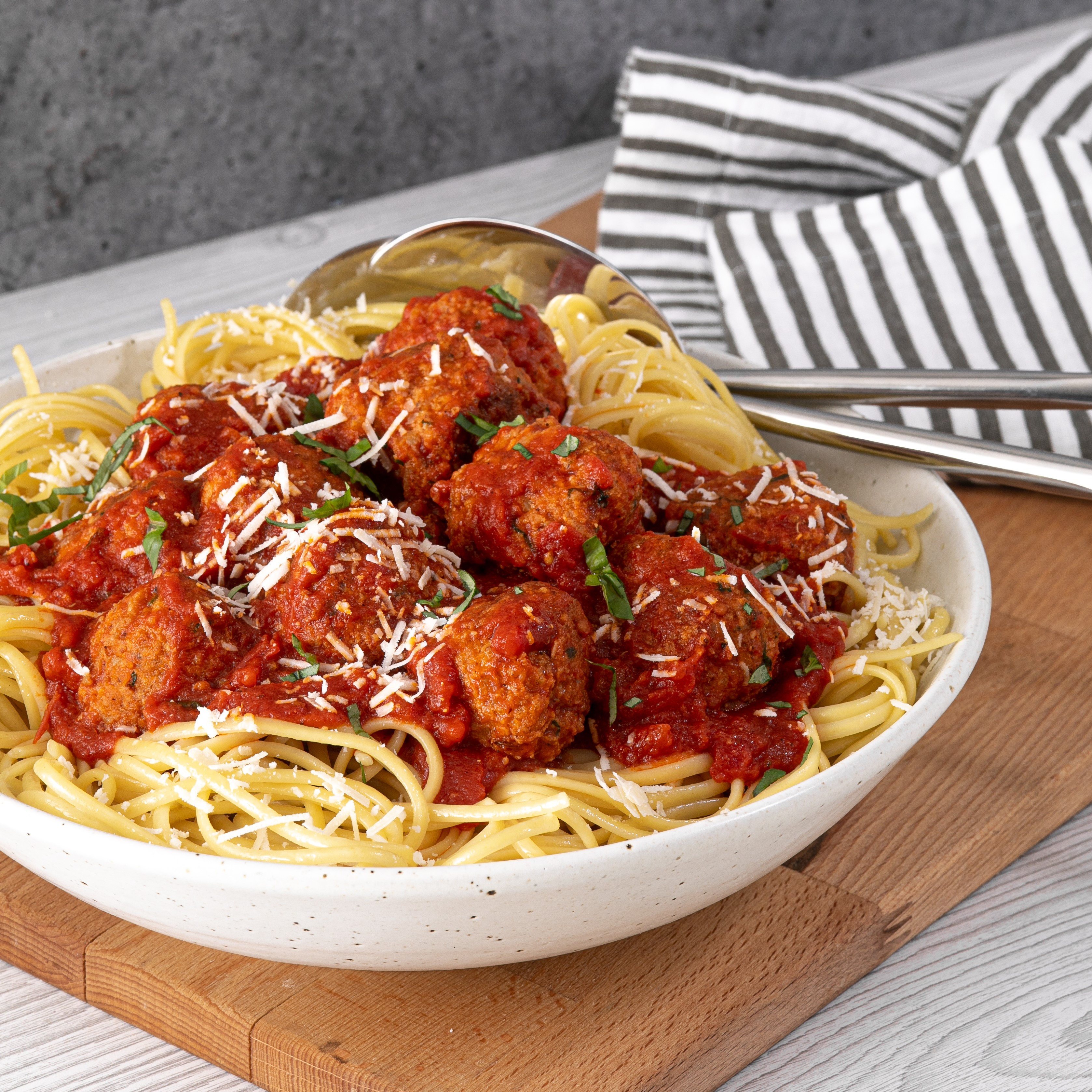 Linguine Marinara with Turkey Meatballs