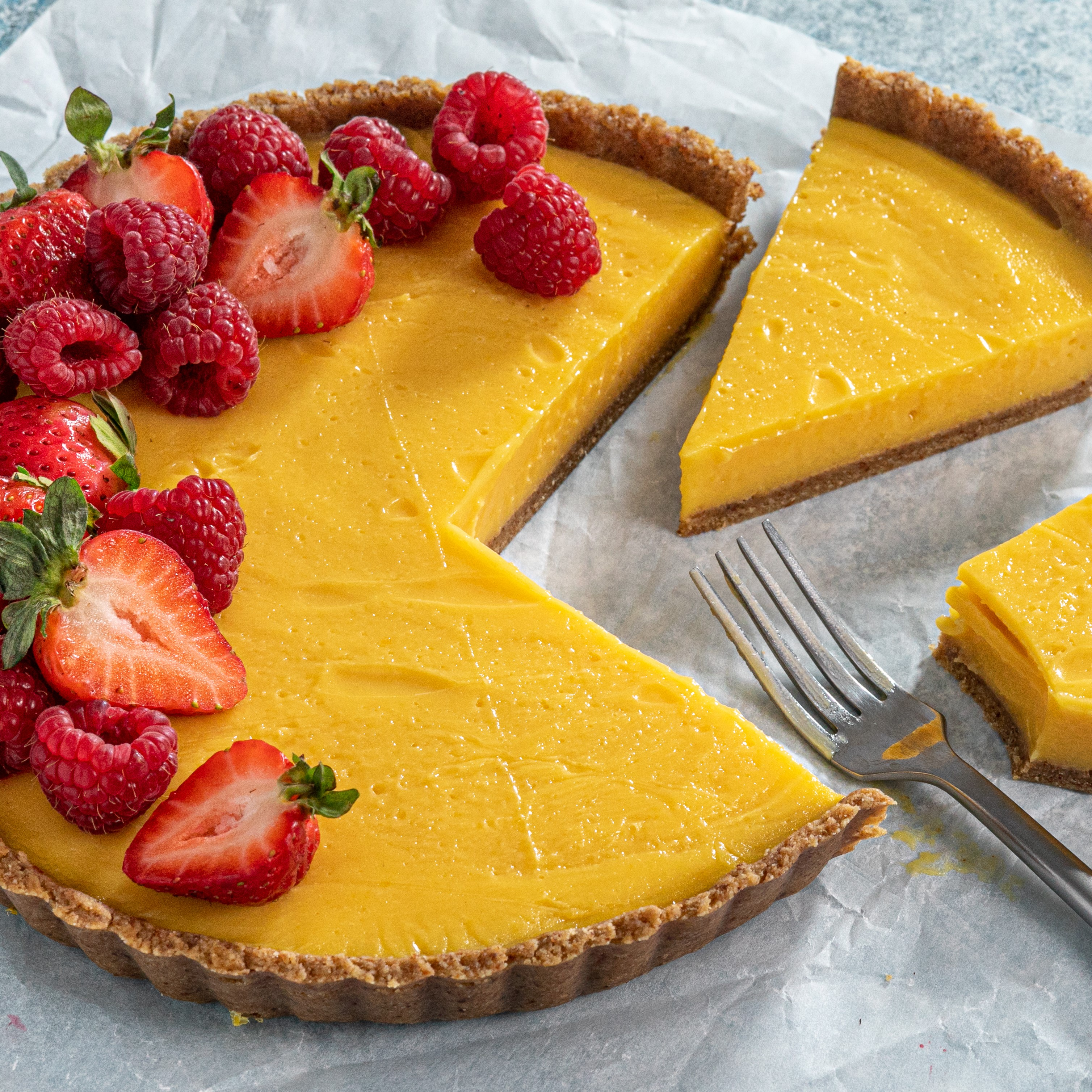 No-Bake Lemon Tart with Almond-Date Crust