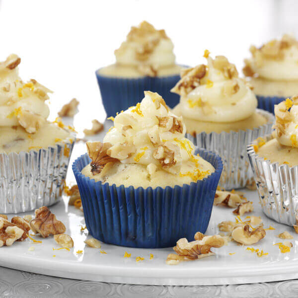 White Chocolate Walnut Cupcakes