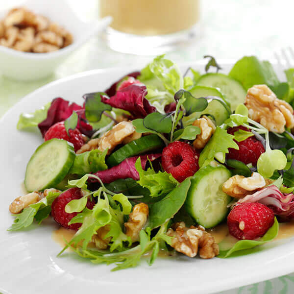 Raspberry and walnut salad