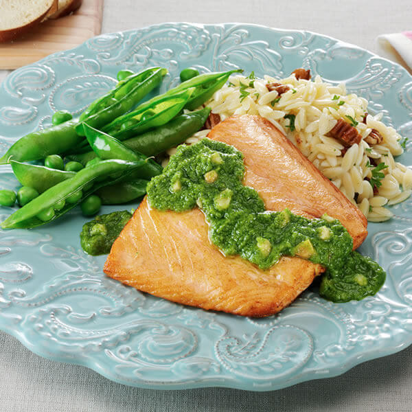 Salmon With Mint Macadamia Pesto
